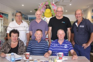 Residents unite to bring back golf course