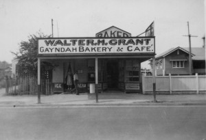 saturn 1 Gayndah Bakery