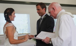 Mr and Mrs:  John and Kim Dargusch exchanging vows