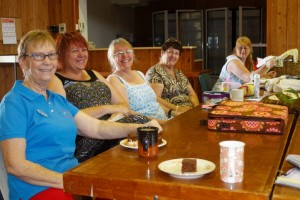Tin Can Bay Quilters members