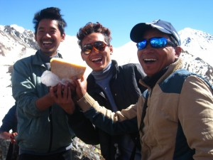 Nepali Porters Paseng and Subash with Trek guide leader Nawar Tamang