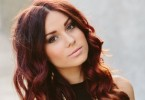 Caitlyn Shadbolt will perform at the Rainbow Beach Spring Festival - and there is free entry!