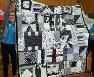 Beryl  Vickery with her lovely quilt
