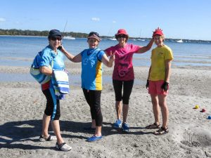 Dragon paddlers Andrea Casey, Suzan Malligan, Elaine Dimock and Linda Palmer welcomed the Yachties ashoreDragon paddlers Andrea Casey, Suzan Malligan, Elaine Dimock and Linda Palmer welcomed the Yachties ashore