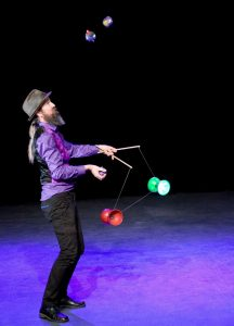 Terry the Great juggling