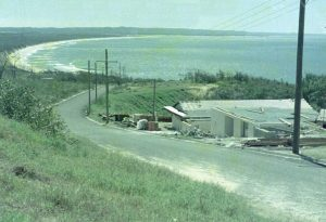 Building the Mikado Motel on top of hill Cooloola Drive 1973 - now replaced by Rainbow Ocean Palms Resort