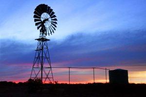 Sue Mason's 'Outback Sunset' awarded AB Grade Merit, Iconic Australia