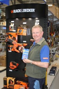 Pat and the team at Mitre 10 have a huge range of Father's Day gift ideas and the expertise to help you select the right one for your dad - they also offer gift vouchers!
