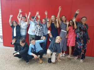 Grade 6 celebrated with their Graduation Dinner
