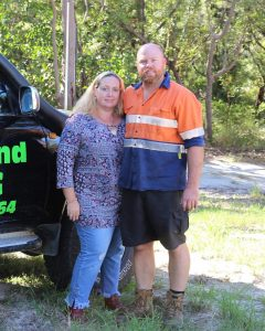 Business during Covid - Carolyn and Dave from the Rainbow Beach 4 x 4 Service