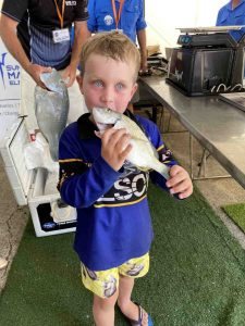 Raninbow Beach Fishing Classic - Ollie Pearce took the time for a quick kiss at the weigh-in!