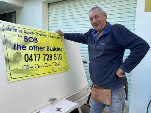 Say hi to Rainbow Beach's very own Bob the Builder!